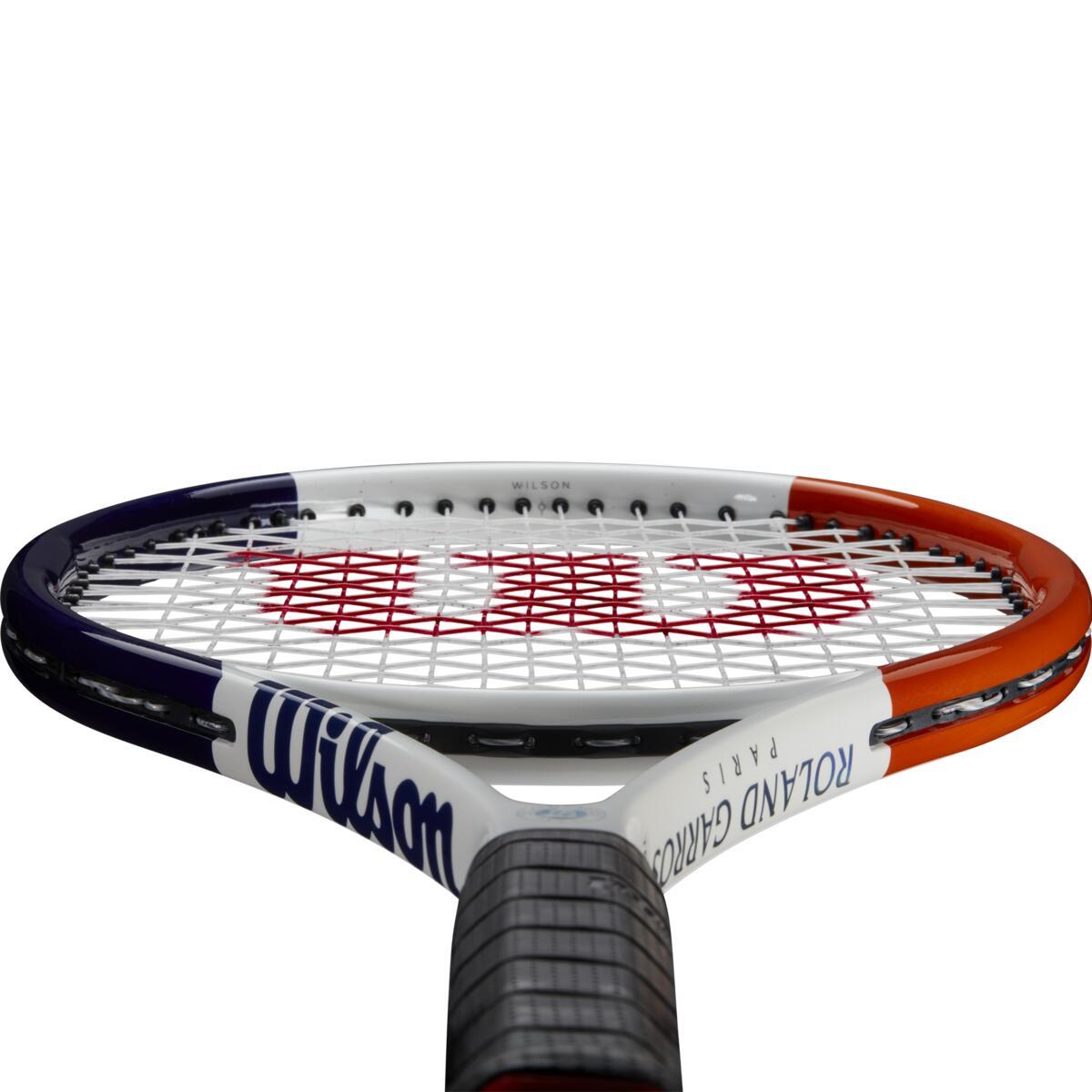 WR030310U_3_Roland_Garros_Team_102_WH_NV_OR.png.cq5dam.web.1200.1200