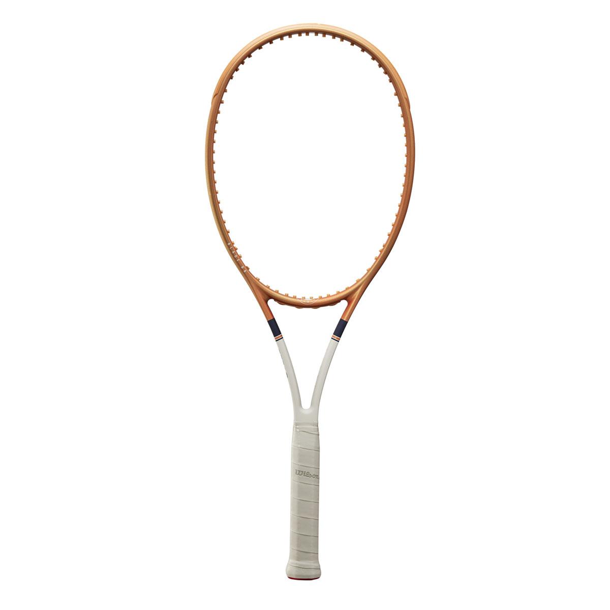 WR068611U_9_Blade_98_16x19_Roland_Garros_OR_BU_GY.png.cq5dam.web.2000.2000
